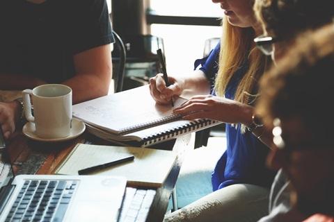 Die Tücken der Selbstständigkeit: Den Finanzplan selbst erstellen in 7 Schritten
