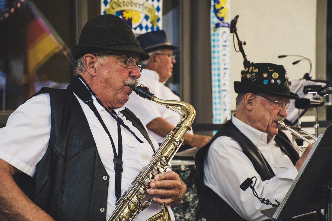 Musiker auf einem Oktoberfest